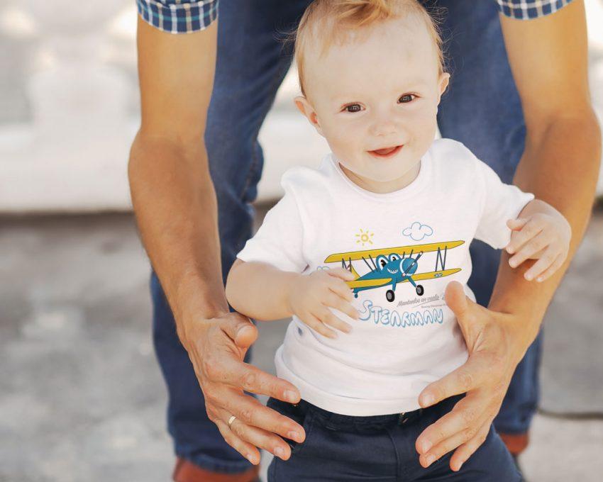 camiseta infantil avión
